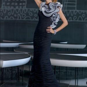 VM collection dress black and white rouched prom